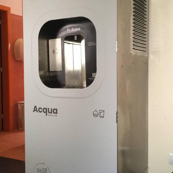 Consigli utili sulla fruizione dell'erogatore dell'acqua in Piazza Italia